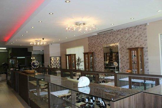 a0338e3cb32 Museu Gramado - Minerais   Pedras Preciosas  Parte interna de nossa loja de  joias e
