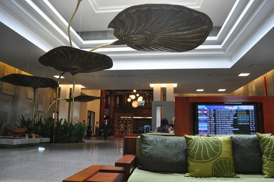 Borei Angkor Resort & Spa : The smell of the lobby is so soothing. They also have strong wifi here
