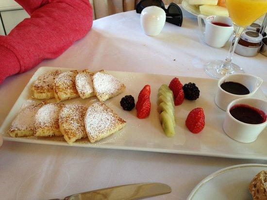 Hotel Maria Cristina, a Luxury Collection Hotel, San Sebastian: Desayuno - pancakes deliciosos