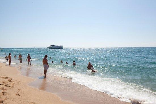 H.TOP Royal Sun: Beach