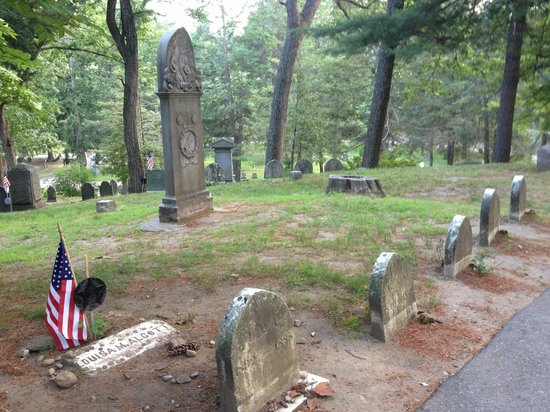Sleepy Hollow Cemetery: Lousia May Alcott