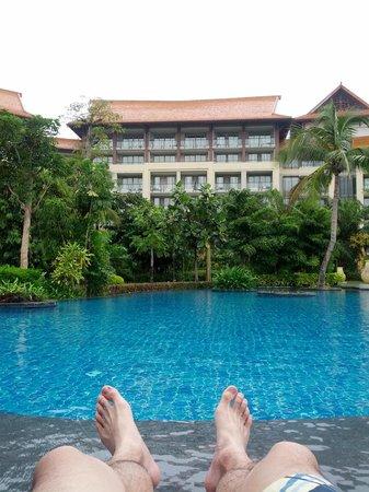 Renaissance Sanya Resort & Spa: One of the many pools.