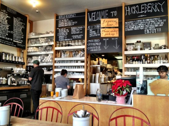 Huckleberry Cafe & Bakery : The counter