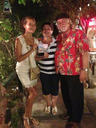 Santorini Mou: With chief musician Mihalis Hionas - тне tavern owner
