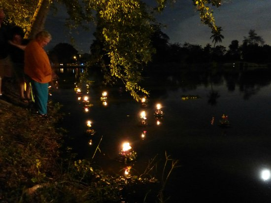 Kantary Hotel, Ayutthaya: loh kathong festival of lights