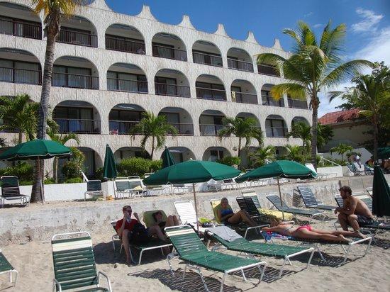 Belair Beach Hotel : Beach View