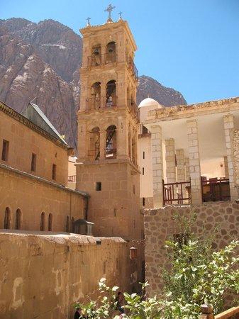 Mount Sinai: колокольня монастыря