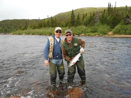 Tour Labrador - Day Tours : Salmon Fishing Packages