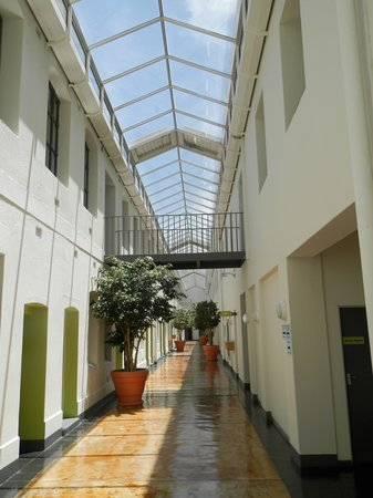 "Protea Hotel by Marriott Cape Town Waterfont Breakwater Lodge : ""hallway"" in the hotel and business school building"