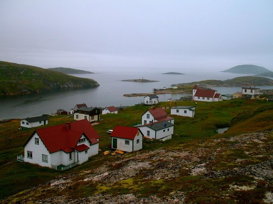 Tour Labrador - Day Tours: Battle Harbour overnights included in All Inclusive Package.
