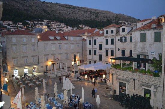 Apartments Placa Dubrovnik: View onto Plaza