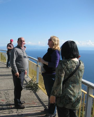 Pleasant Travel - Day Tours : Mariano