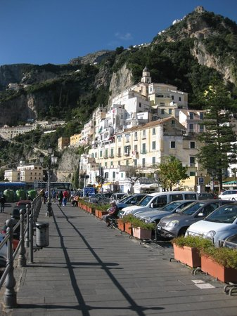 Pleasant Travel - Day Tours: Amalfi Coast