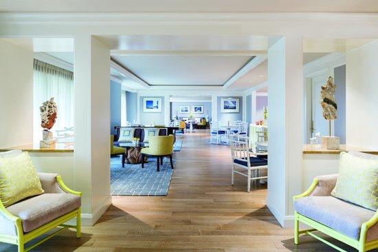 The Ritz-Carlton Grand Cayman: Club Lounge