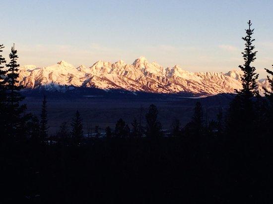 Door 2 Door Ski Rental Delivery: Teton Sunrise!