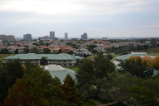 Four Seasons Resort and Club Dallas at Las Colinas: View from Room