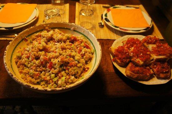 Poderi Val Verde - Chianti Cooking Lesson: Panzanelle & Bruschetta al Pomodoro