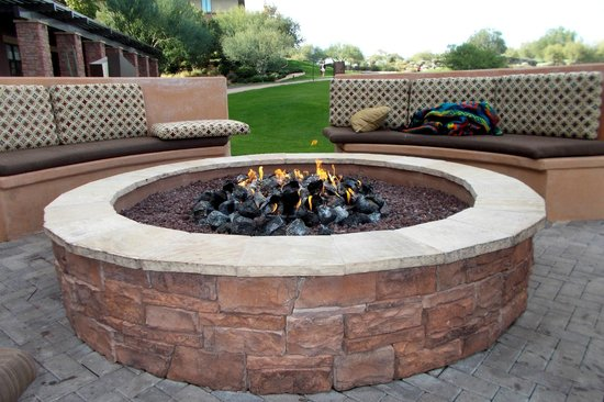 The Westin Kierland Resort & Spa: Fun every night by the fire pit with people you just meet