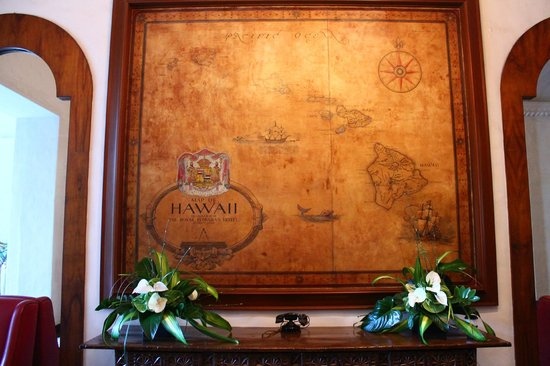 The Royal Hawaiian, a Luxury Collection Resort: house phone and vintage map as you step off the elevator