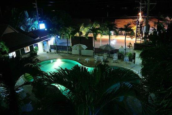 Beach House Samui Hotel : Вид из окна