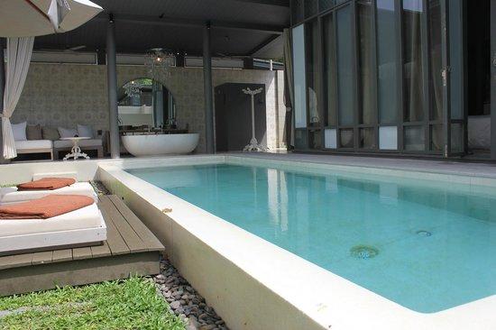 SALA Phuket Resort & Spa: View as you enter the villa