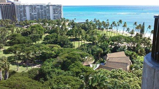Hale Koa Hotel: Ocean view