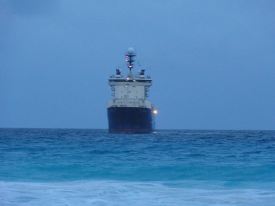 Playa Delfines : Ship...