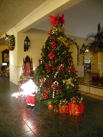 The Royal Sands Resort & Spa All Inclusive: Christmas at the Royal Sands