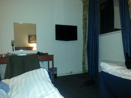 Alexandra Hotel: Rum 41