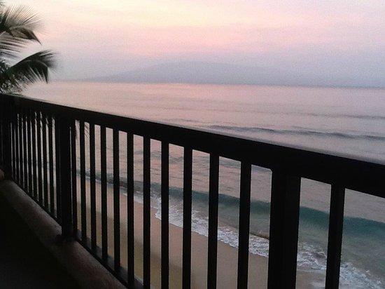 Maui Kai : Ocean-front from our lanai