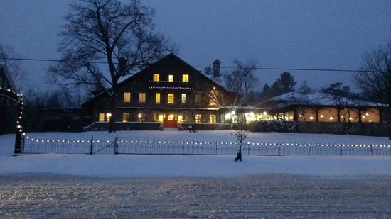 Stone Chalet Bed & Breakfast Inn : Expansive night shot with holiday lights.