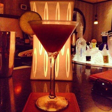"""""""Ocean Bandit"""" cocktail at Barracuda Grill, Hamilton, Bermuda"""