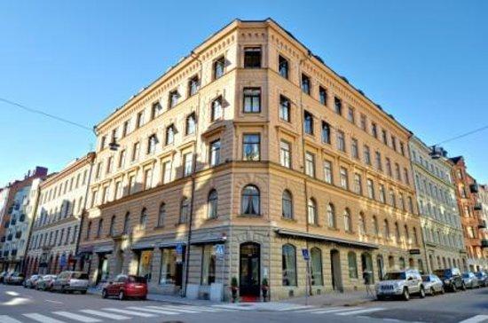 Hotel Hansson: Grand Entrance