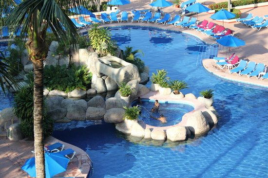 Barcelo Puerto Vallarta : nice pool