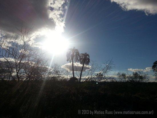 Colon, Arjantin: Atardesiendo