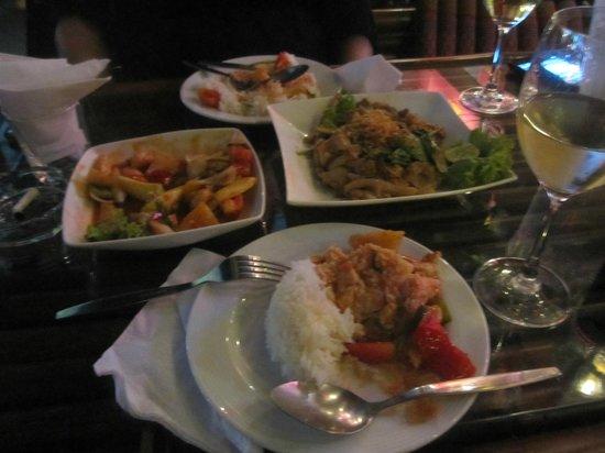 Bamboo Pub & Restaurant: Really good food at Bamboo Bar & Restaurant