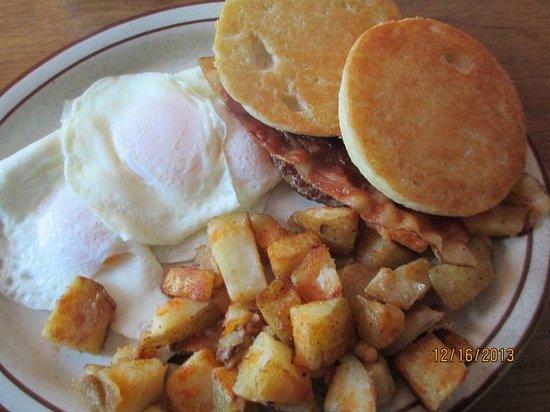 Calamity Jane's Restaurant: The Loggers Breakfast!