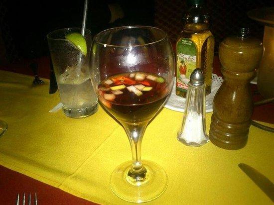 Hotel Barcelo Ixtapa Beach Resort: Sangría en el restaurante Don Quijote