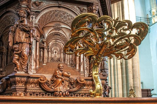 Nouvelle église (Nieuwe Kerk) : The gold and the wood
