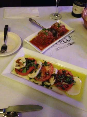 Villella's Ristorante: The Rice balls and Tomato Mozzerella were both really good