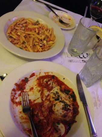 Villella's Ristorante: I ate half of mine, before I remembered I was supposed to take a picture!