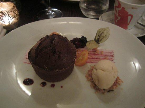 Guze Bistro : Chocolate fondant