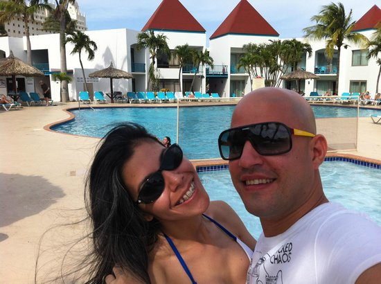 The Mill Resort & Suites Aruba: La rica piscina... Muy bonito