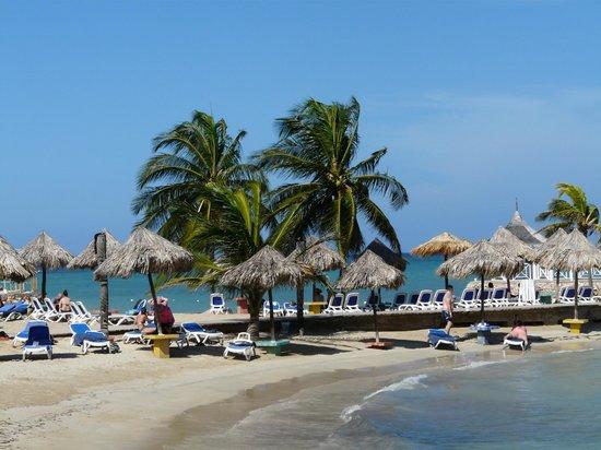 Royal Decameron Club Caribbean: espace plage