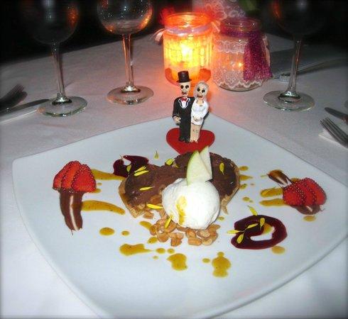 Altamar Restaurant and Lounge : Amores Eternos