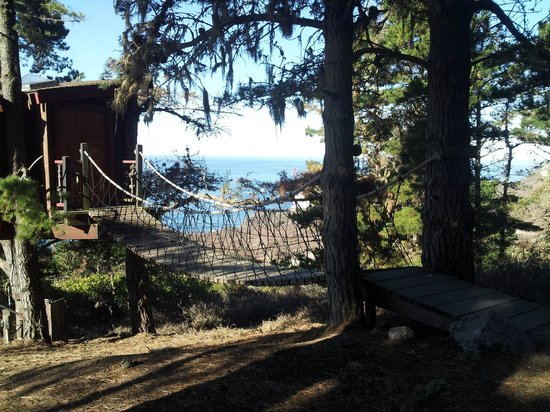 Treebones Resort: Tree-House Cabin & Rope Bridge