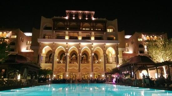 Shangri-La Hotel, Qaryat Al Beri, Abu Dhabi : View from the pool
