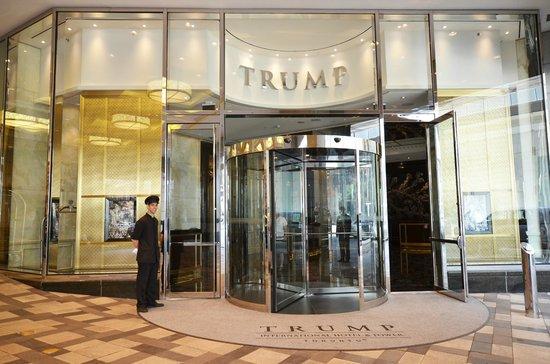 Trump International Hotel & Tower Toronto: Welcome to Trump Toronto