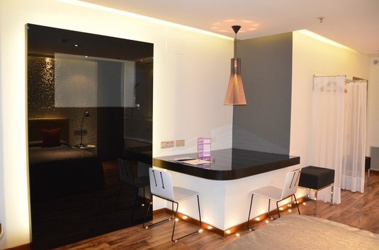 Kadrit Hotel: Habitación