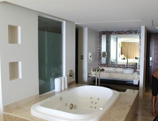 Azul Ixtapa Beach Resort & Convention Center: room